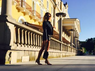 Ksu #Moscowchick: Valentino Shoes. Top Shop shorts, Tezenis T shirt, Louis Vuitton denim jacket, Ray Ban glasses , Stella Mccartney bag